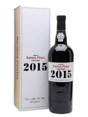 Ramos Pinto Vintage 2015 in mooie kist